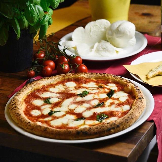 Eat Pizza Roman Style