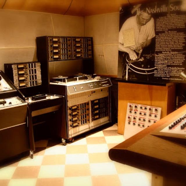 Tour RCA Studio B