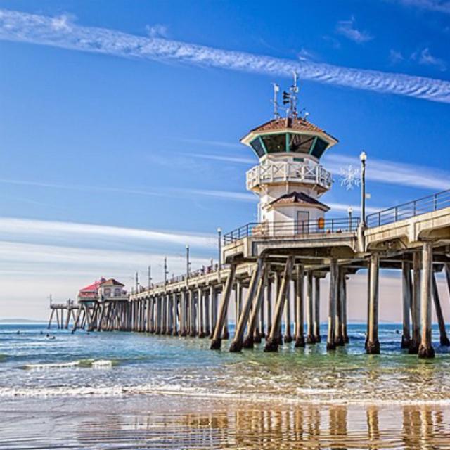 Surf at Huntington Beach