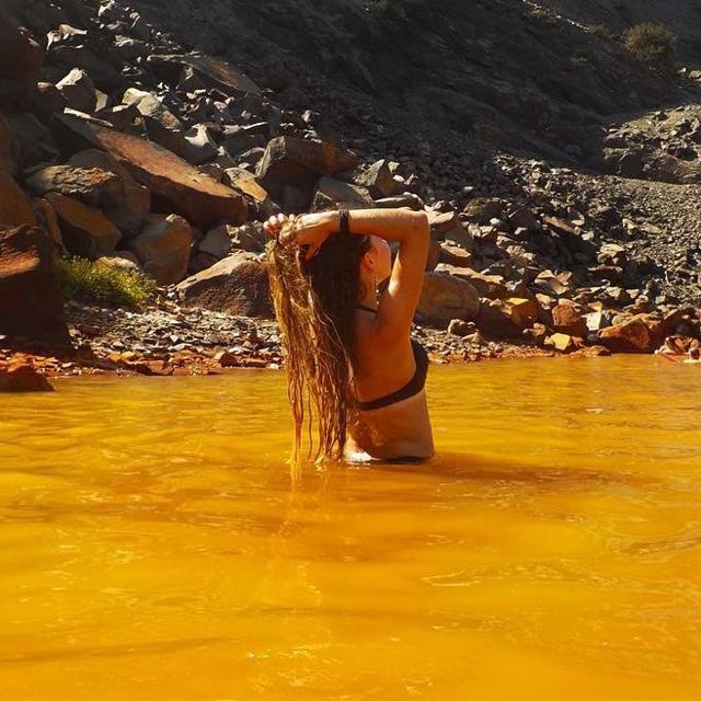 Swim up a Geothermal Sulfur River
