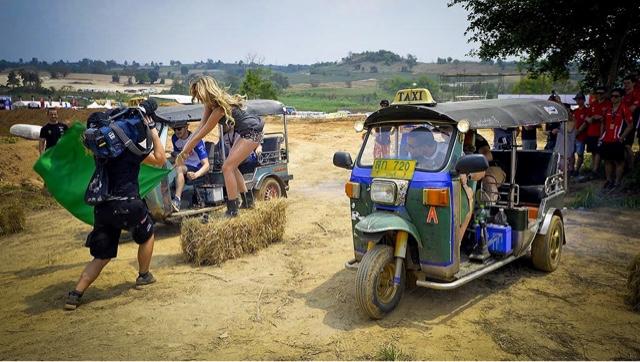 Tuk Tuk Off-Road Racing
