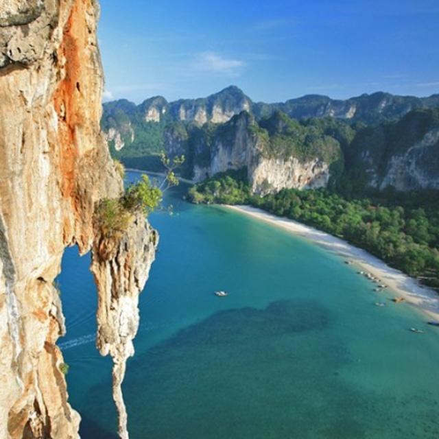 Cliff Climbing at Tonsai Beach