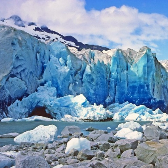 Rafting Among the Icebergs By Mendenhall Glacier