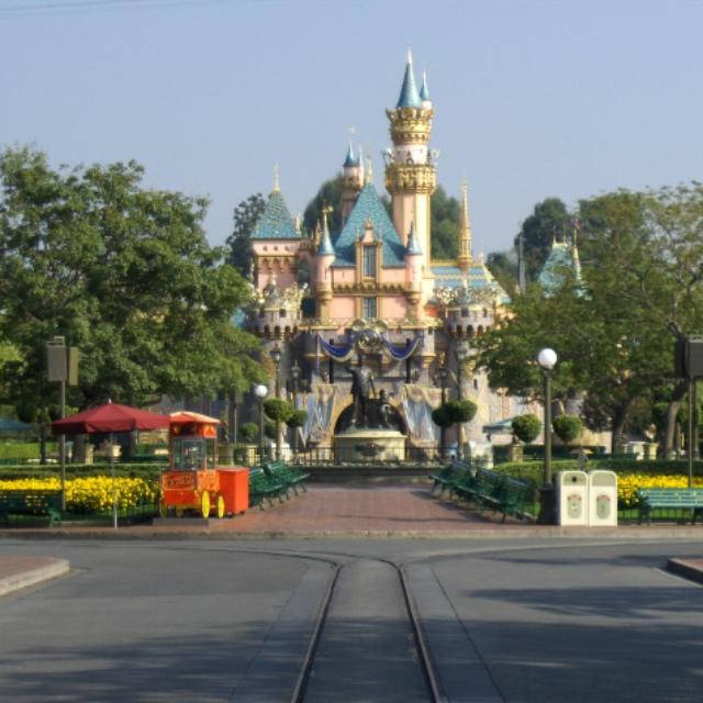 Day Trip to Disneyland