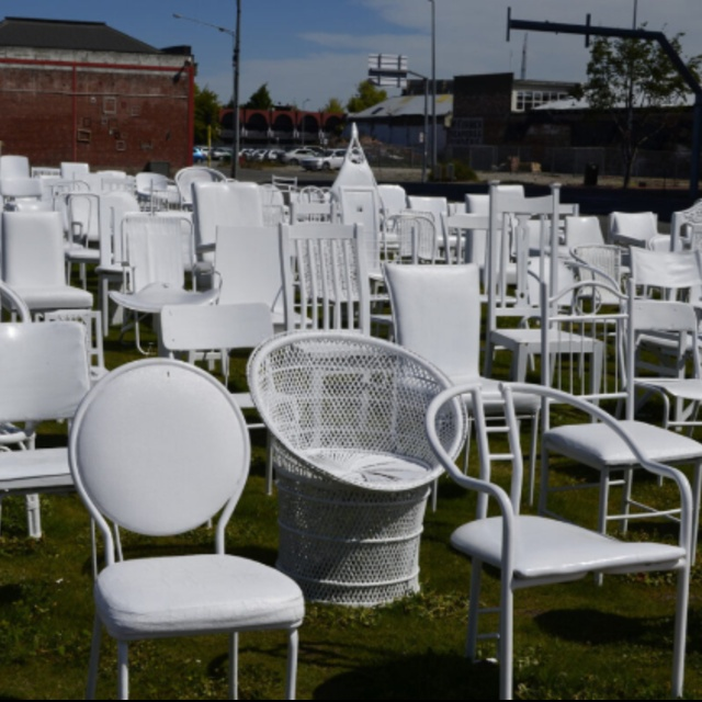 185 Chairs