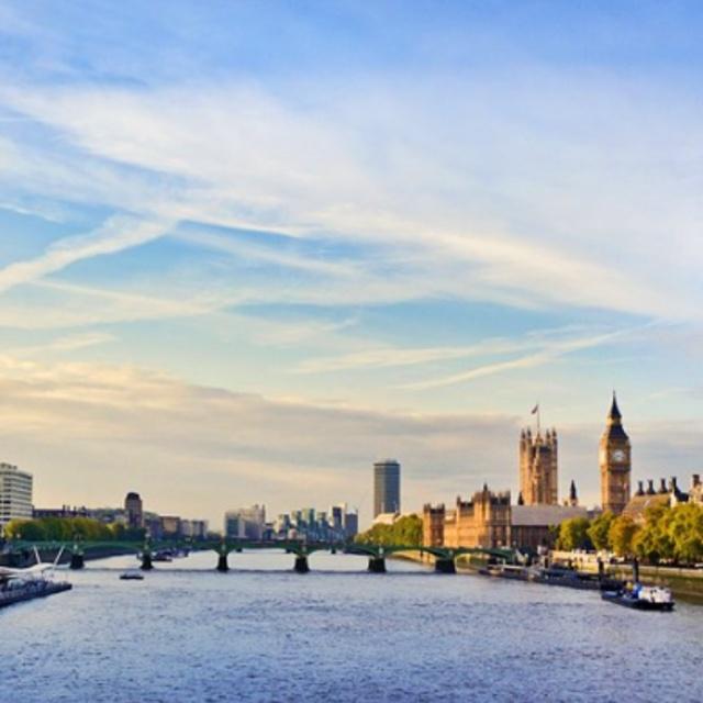 Kayak the Thames River